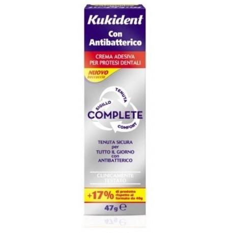 Kukident Antibatterico Complete Crema Adesiva Protesi Dentali 47 gr